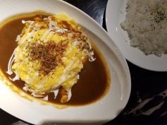 Omu rice from Ufufu Cafe